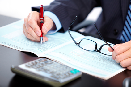Six Reasons to hire a licensed Certified Public Accountant (CPA)